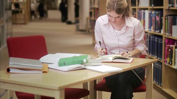 estudio formación biblioteca
