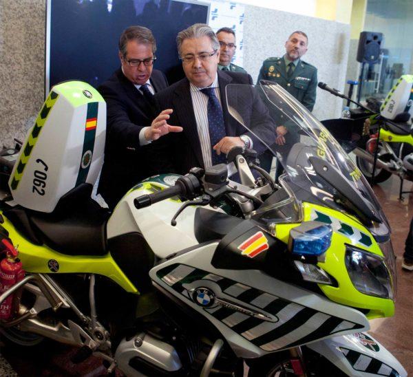 Ministerio del interior presenta la patrulla integral nuevo modelo de vigilancia en carretera - Ministerio del interior oposiciones ...