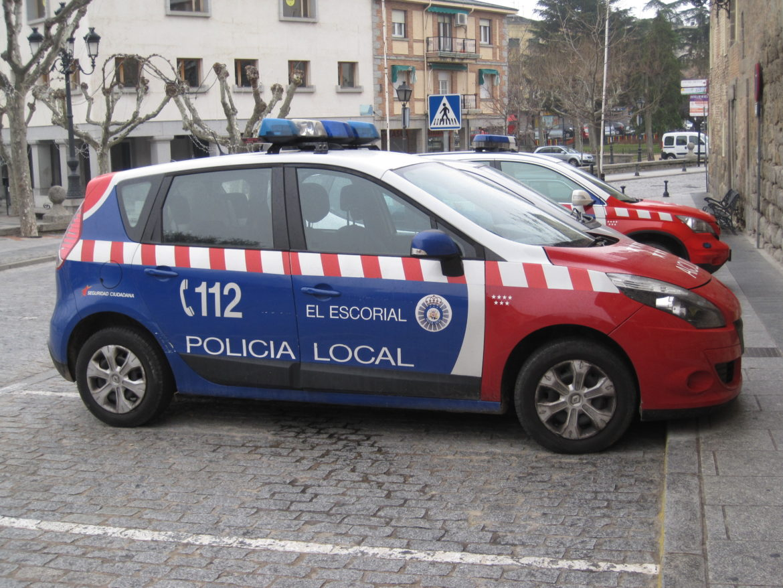 Policía local El Escorial coche