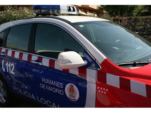 Policía local Humanes de Madrid coche