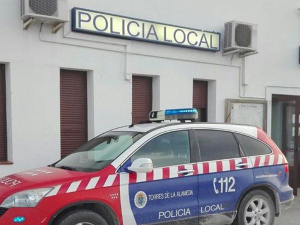 Policía local Torres de la Alameda coche