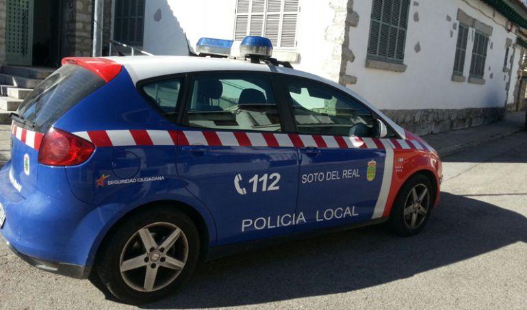 Policía local Soto del Real coche