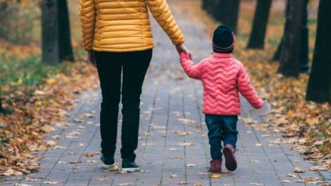 Paseo niño confinamiento
