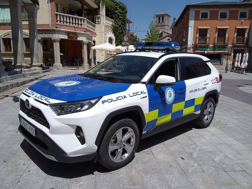Policía local Miraflores Sierra coche
